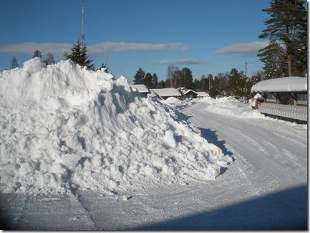 Ca fyra meter stor snöhög vid Holen