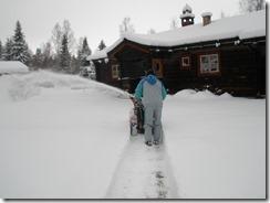 Snöslungan banar väg i 30-40 cm snödjup