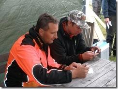 Tävlingsledare Christer Stolt och medhjälpare
